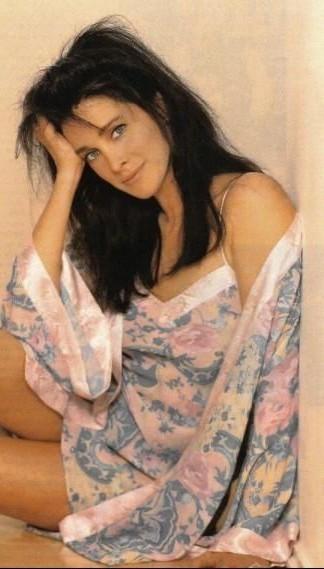 """1983 ~ Connie Sellecca Born ? 5/25/1955, The Bronx, New York (5'9"""")"""