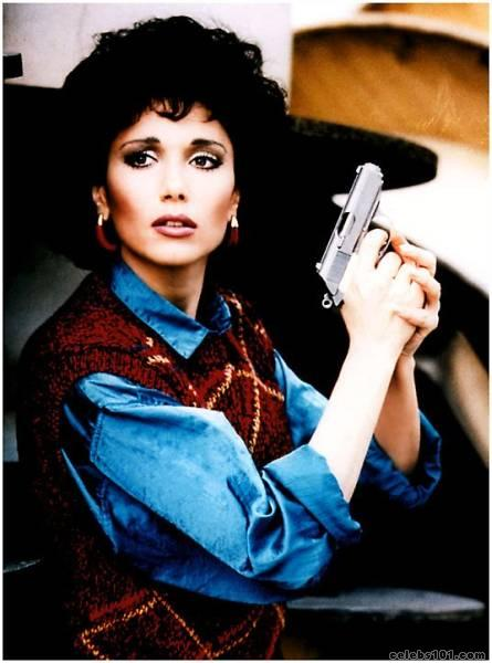 "1986 ~ Stepfanie Kramer Born ? 8/6/1956, Los Angeles, California (5'6"")"